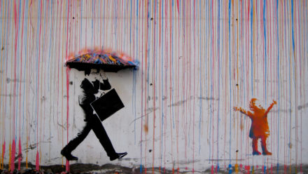 banksy-coloured-rain-schilderij